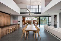 Floreat Residence by Daniel Cassettai Design