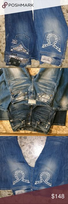 25L slim big star buckle liv  & miss me bling EUC Great condition 25L true to size lots of bling. Both fit like a slim bootcut.  Some stretch & form fitting.  Missing 2 rivits off miss me patch other than that excellent condition.  Trade for MK purse or vs Big Star Jeans Boot Cut