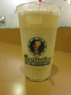 Overworked. Underfed.: Tea Station's Green Milk Tea