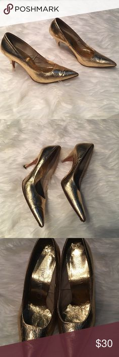 1950s Vintage Gold Heels ! Pointy toe gold metallic heels from 1950s . These shoes are hand lasted . Rare find . There is a small nick on back of heel that you can't notice when wearing them . Other than that , great condition! So beautiful I wish they fit me id love to dress up a black dress with these Quali Craft Shoes Heels