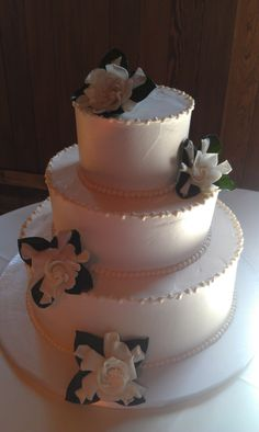 White Flowers on Wedding Cake