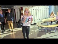 Seksiä mediassa -materiaali on suunnattu kahdeksasluokkalaisten ja sitä vanhempien nuorten kanssa toimiville ammattilaisille. Aineisto sisältää tietotekstejä, keskusteluvinkkejä ja tehtäviä ja se käsittelee kolmea toistaan tukevaa aihetta: seksuaalisia sisältöjä kaupallisessa mediassa, sukupuolen kuvauksia sekä pornoa seksivalistajana.  Videoni + teksti:  http://www.mediataitokoulu.fi/assets/tehtavat/seksiamediassa.pdf