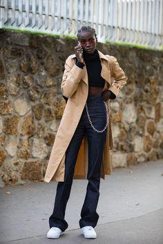The Best Street Style Looks From Paris Fashion Week Spring 2019 - Fashionista Older Women Fashion, Black Girl Fashion, Look Fashion, Paris Fashion, Fashion Outfits, Womens Fashion, 2000s Fashion, Fashion Weeks, White Fashion