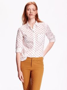 i always realize I need more button-up shirts just AFTER I have babies, never before. I really like this one.