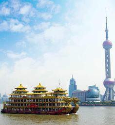 Dragon boat in Shanghai, China | 21 Magnificent Photos That Will Place China On Your Bucket List
