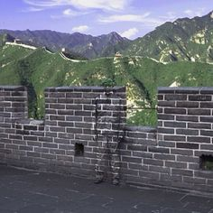 "Where's Liu Bolin? In nearly all of his art, Liu Bolin goes completely unseen - but he is typically front and center. Liu Bolin is ""The Invisible Man"". Liu Bolin, Camouflage, Skin Wars, Invisible Man, Great Wall Of China, Art Plastique, Optical Illusions, Street Art, The Incredibles"