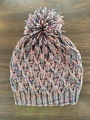 Ravelry: Wickerwork Hat pattern by Gretchen Tracy a free pattern