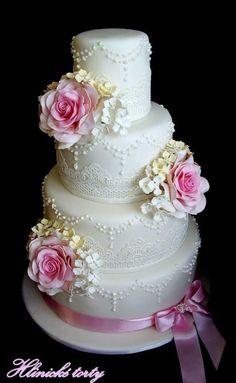 Wedding cakes - Cake by hlinicketorty Beautiful Wedding Cakes, Beautiful Cakes, Amazing Cakes, Wedding Cake Designs, Wedding Cupcakes, Pretty Cakes, Cute Cakes, Candy Cakes, Cupcake Cakes