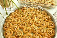 Nefis Bülbül Yuvası Tatlısı Tarifi nasıl yapılır? 4.109 kişinin defterindeki bu tarifin detaylı anlatımı ve deneyenlerin fotoğrafları burada. Cake Recipe Using Buttermilk, Greek Pastries, Cake Recipes, Ethnic Recipes, Food, Recipes For Cakes, Eten, Baking Recipes, Meals