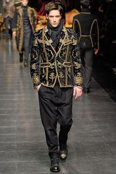 Dolce & Gabbana Fall 2012 Menswear Fashion Show Collection High Fashion, Fashion Show, Mens Fashion, Milan Fashion, Daily Fashion, Bohemian Style Men, Vip Fashion Australia, Dolce And Gabbana Man, Inspiration Mode