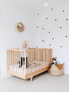 Ulsan Interior Teddy Company / Part 2 - Baby Zimmer Ideen Monochrome Nursery, Nursery Modern, Rustic Nursery, Baby Nursery Decor, Baby Bedroom, Baby Decor, Nursery Ideas, Polka Dot Nursery, White Nursery