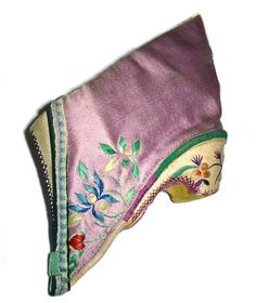 Artwork: Hand-Embroidered Violet Lotus Shoes with Floral Patterns // China, 19th Century // Pair, each 10 x 7 cm