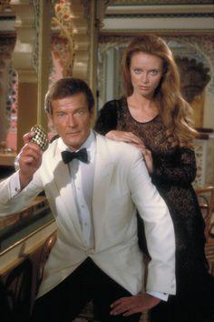 The Official James Bond 007 Website | The Bonds