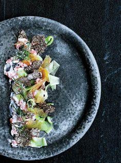 Lav mad som Noma derhjemme - recipe in Danish from Gastro Nordic Recipe, Danish Food, Festivals, Seasonal Food, Eat Smart, Molecular Gastronomy, Food Presentation, Food Design, Food Plating