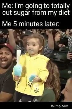 That time when my friends roasted me for my crooked necklace and laughed so hard that I made my own meme about myself haha haha I'm glad I have a great sense of humor. Funny Baby Memes, 9gag Funny, Funny Video Memes, Really Funny Memes, Stupid Funny Memes, Funny Relatable Memes, Baby Humor, Funny Kid Gifs, Funny Memes For Kids