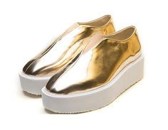 Happy shopping  Color: sliver/ gold Shoes size: EU 35-39  platform high : 3.5cm- 5.5cm  It is very Trendy for mix and match !!