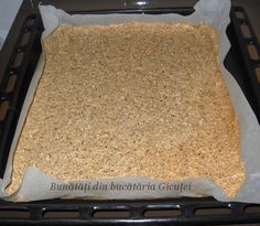 Prajitura cu nuca Sumegi Beignets, Bread, Food, Donuts, Fritters, Essen, Breads, Baking, Buns