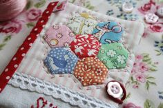 Hexagon Needle Book  Cherry Heart: Give and make