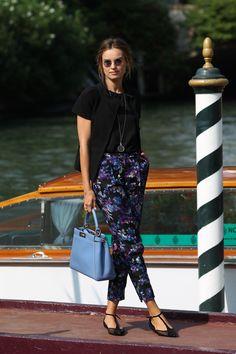 Kasia Smutniak,chooses a FENDI Peekaboo during the 69th Venice International Film Festival.