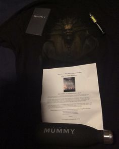 #Thisfunktional #Movie: #Mail Call!! #TheMummy #PrizePack  #Shirt #Flashlight #Bottle and #Journal  got here just in time for me to wear the shirt to the #PressScreening. THE MUMMY opens in theaters June 9. #ThisfunktionalMovie #Movies #Action #Adventure #Film #Films #Cine #Cinema #Cinemas #Mummy #42West http://ift.tt/1MRTm4L