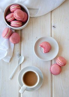 #Recipe: Raspberry-Coconut French Macarons