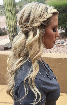 waterfall crown braid with loose waves | hairstyles for formal, prom + weddings