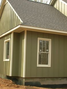 Gallery For Gt Vertical Vinyl Siding Lowes Remodel