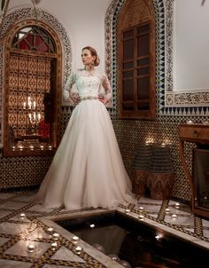 Stephanie Allin - Twilight, romantic vintage lace wedding dress