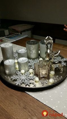 Genius Lighting Ideas for Girls Bedrooms Silver Christmas Decorations, Christmas Tablescapes, Christmas Centerpieces, Holiday Decor, Noel Christmas, A Christmas Story, White Christmas, Christmas Crafts, Christmas 2019