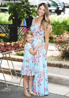 matching family outfits mommy and me clothes mother daughter matching dress fashion look summer floral print sleeveless Mother Daughter Matching Outfits, Mother Daughter Fashion, Mommy And Me Outfits, Matching Family Outfits, Matching Clothes, Dresses For Less, Sexy Dresses, Girls Dresses, Summer Dresses