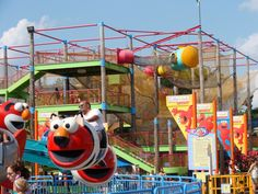 Family Friendly Vacations: A Guide to Sesame Place Theme Park