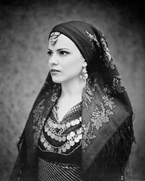 Costume of Kavakli, Thrace in Anatoliki Roumelia Greek Traditional Dress, Traditional Outfits, Gypsy Costume, Folk Costume, Greece Costume, Ancient Greek Costumes, Greek Dress, Greece Pictures, Greece Photography
