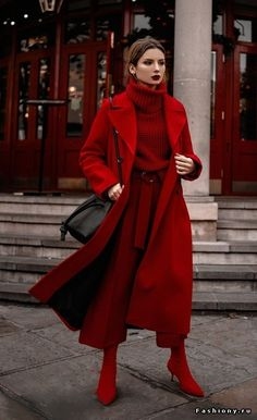 Outfit l Inspiration l Style 123 Ideas to Wear Colored Coats This Winter Winter Fashion Outfits, Look Fashion, Fall Outfits, Autumn Fashion, Womens Fashion, Fashion Trends, Red Outfits For Women, 2000s Fashion, Korean Fashion