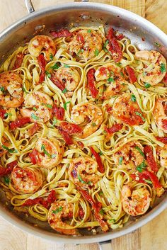 If you like shrimp scampi but want something more than just plain shrimp with butter, olive oil and garlic, then try this Shrimp Scampi Linguine Pasta with Sun-Dried tomatoes. You'll love this yummy twist Italian Shrimp Recipes, Best Shrimp Recipes, Linguine Recipes, Seafood Recipes, Easy Shrimp Pasta Recipes, Fish Recipes, Dinner Recipes, Seafood Meals, Seafood Dinner