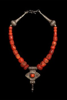 Spectacular old coral necklace combined with silver Yemeni beads and amulet 16""