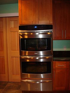 single kitchen cabinets oven and warming drawer traditional kitchen 2246