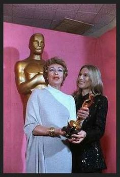 "1973 Oscars: Eileen Heckart, Best Supporting Actress 1972 for ""Butterflies Are Free"" with Cloris Leachman."