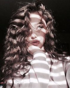 Image discovered by 𝐋 𝐚 𝐫 𝐢 𝐬 𝐬 𝐚. Find images and videos about girl, style and photography on We Heart It - the app to get lost in what you love.