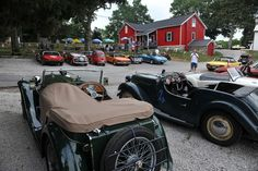 There are plenty of antique cars on Put-in-Bay, Ohio~ in fact, there is an antique car parade every Sunday all summer and annual antique sports car races too!