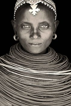 Samburu Lady Wamba, by Mario Gerth-i think only married ladies get to do this. yea Bky!