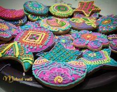 Galletas decoradas Has tu pedido con tiempo Deja tu mensaje o escribe a www.facebook.com/susymehndina88 #galletas #galletasdecoradas #mehndi #henna #galletasmandalas #mandalas #color #Aguascalientes #Mexico