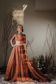 Designer Lehnga Choli, Designer Bridal Lehenga, Gold Lehenga Bridal, Indian Bridal Outfits, Pakistani Outfits, Orange Lehenga, Winter Wedding Outfits, Beauty Tips For Girls, Bridal Lehenga Collection