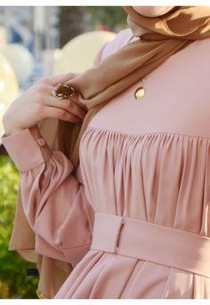 Best Ideas Dress Hijab Muslim Modest Fashion Source by dresses hijab Fashion Mode, Abaya Fashion, Fashion Art, Trendy Fashion, Islamic Fashion, Muslim Fashion, Modest Fashion, Fashion Dresses, Modest Dresses
