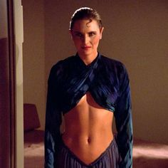 "Women of ""Star Trek - The Next Generation"" : Tasha Yar played by Denise Crosby. Star Trek Tv, Star Wars, Star Trek Ships, Stargate, Science Fiction, Epic Costumes, Star Trek Costumes, Deanna Troi, United Federation Of Planets"