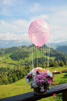 by Purple Effect Events Deco Floral, Decoration Table, Flower Designs, Flower Arrangements, Wedding Inspiration, Wedding Ideas, Centerpieces, Fair Grounds, Happy Birthday