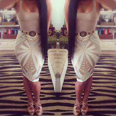 LOVING that skirt