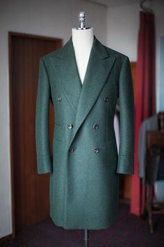"""Love the jetted pockets. bntailor: """" Green heavy wool double coat www.bntailor.com """""""