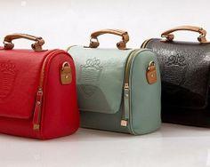 Dámska kožená taštka cez rameno alebo do ruky12 Suitcase, Fashion, Moda, Fashion Styles, Fashion Illustrations, Briefcase