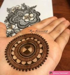 Ideas Tattoo Mandala Simple Circles For 2019 Henna Hand Designs, Dulhan Mehndi Designs, Circle Mehndi Designs, Round Mehndi Design, Mehndi Designs Finger, Henna Tattoo Designs Simple, Simple Arabic Mehndi Designs, Mehndi Designs For Beginners, Mehndi Designs For Girls