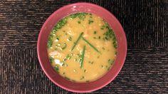 Ertesuppe laget med ferdig kokte kikerter. Det blir suppe den raske måten med oppskrift fra Lars Erik Vesterdal.